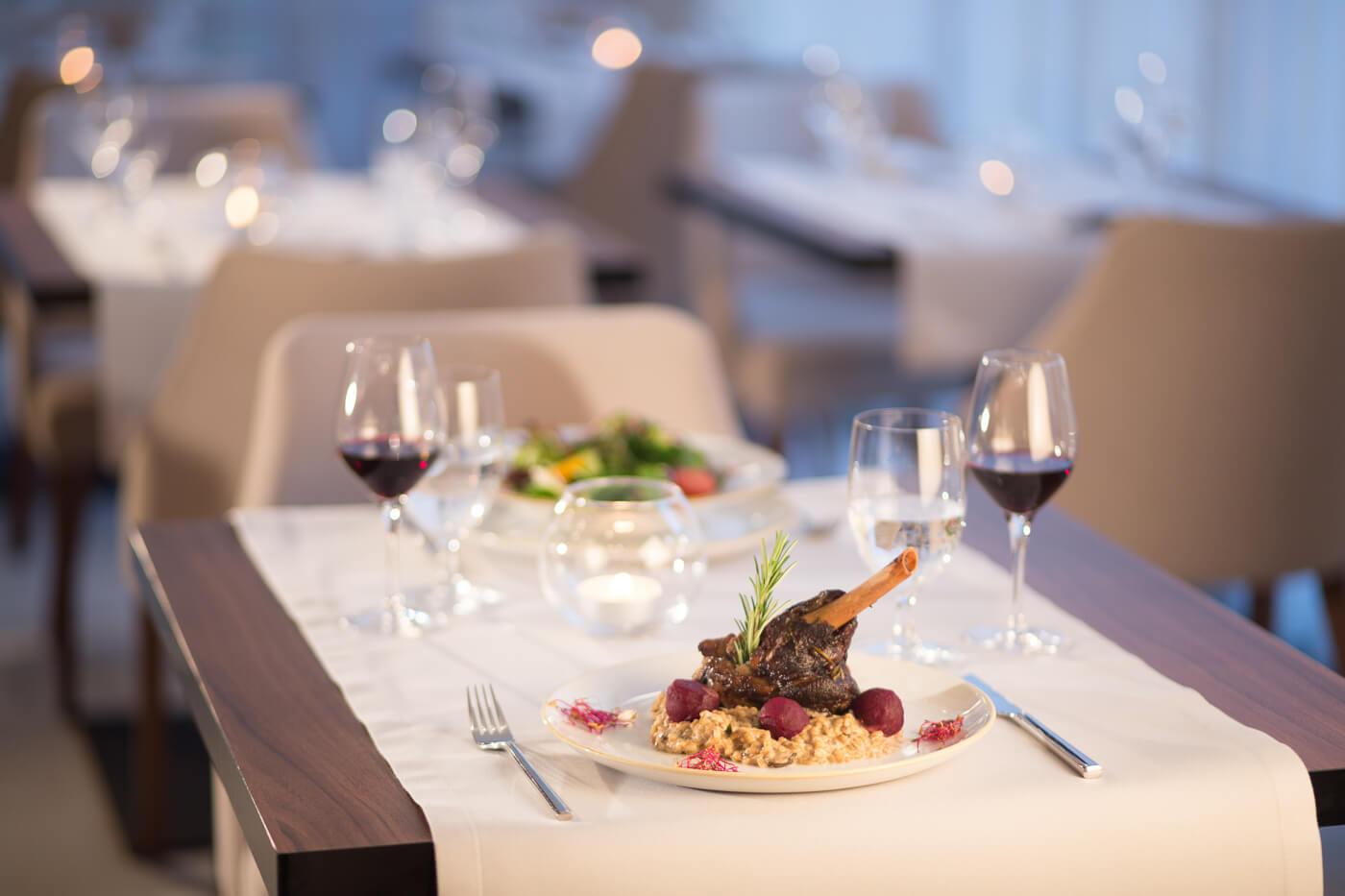Obiad w hotelu Grand Ascot