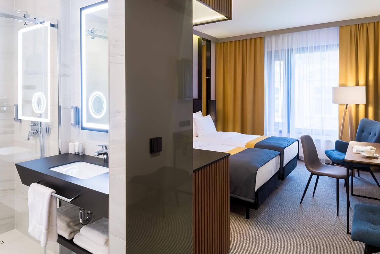 Widok pokoju Standard Twin w hotelu Grand Ascot w Krakowie